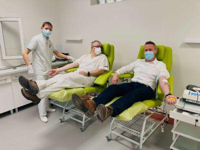 Vianočná kvapka krvi vedenia a zamestnancov levočskej nemocnice